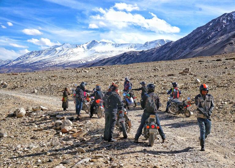 Motorreis Himalaya Zanskar Trail is motorrijden op het dak van de wereld voor de avontuurlijke motorrijder