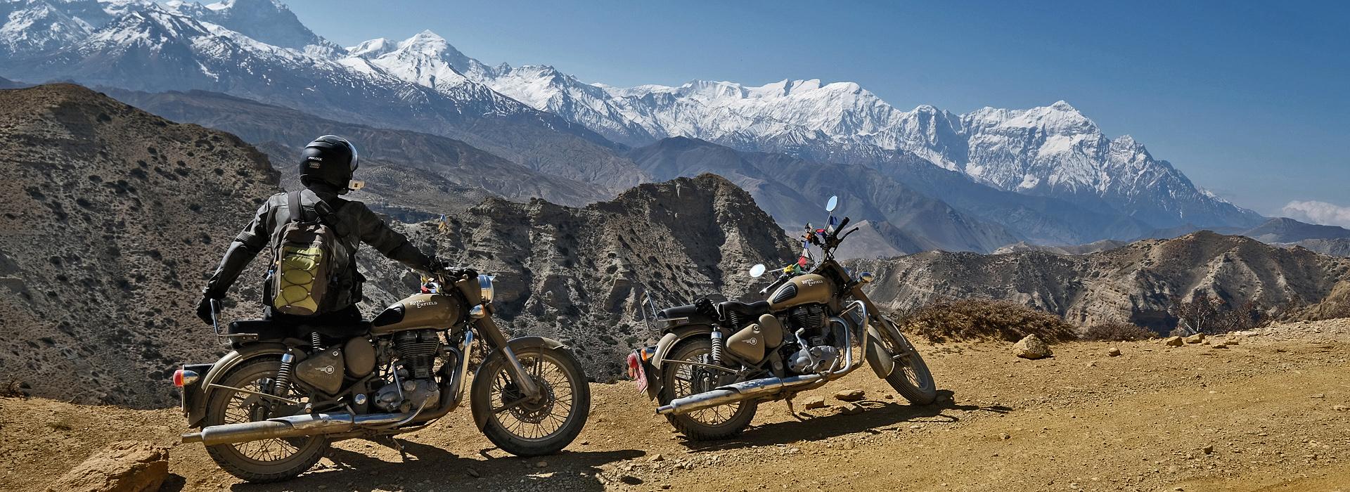 Motorreis Nepal. Met Travel 2 Explore op de Royal Enfield Motor naar Upper Mustang in Nepal.