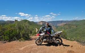 Boek eenvoudig on line je motorreis van Travel 2 Explore