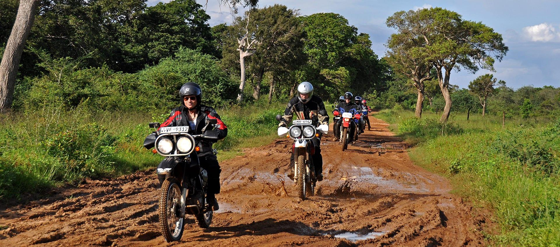 Gratis en vrijblijvende voorinschrijving van de motorreis Sri Lnak in Azie.