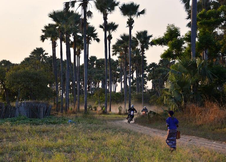 Ontdek donker Afrika tijdens de avontuurlijke motorreis door Senegal