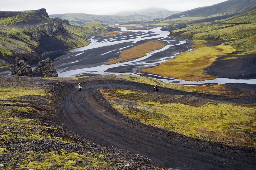 Motorreis-IJsland-op weg naar Landmannalaugar