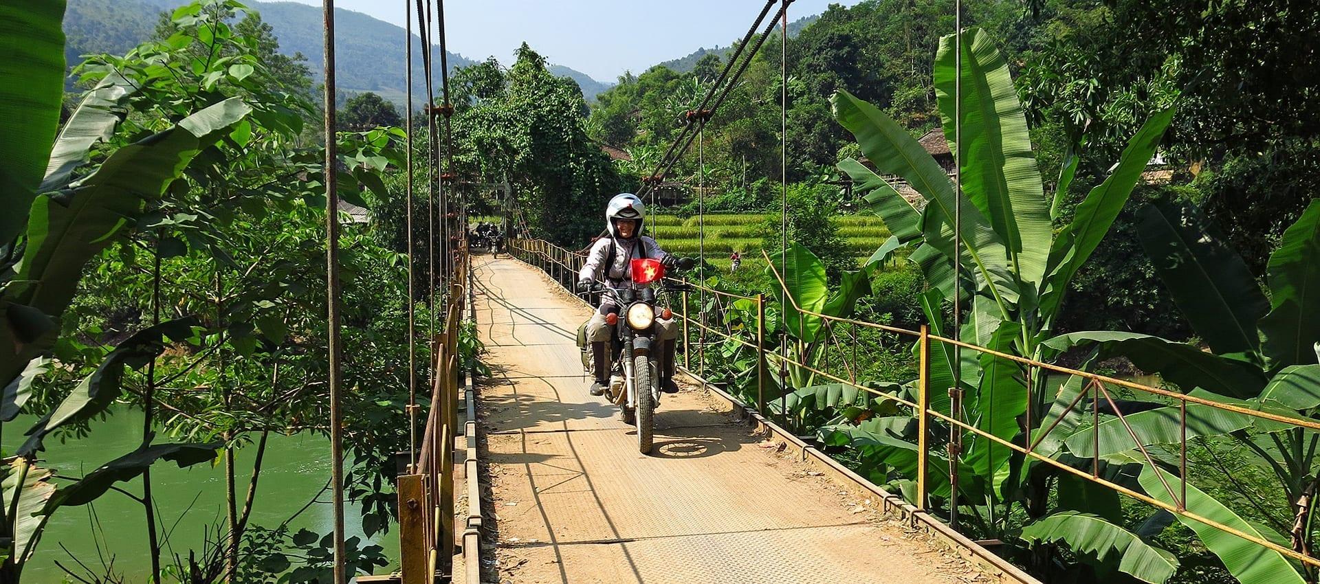 Vul in en ga mee 1001 bochten draaien in Noord-Vietnam