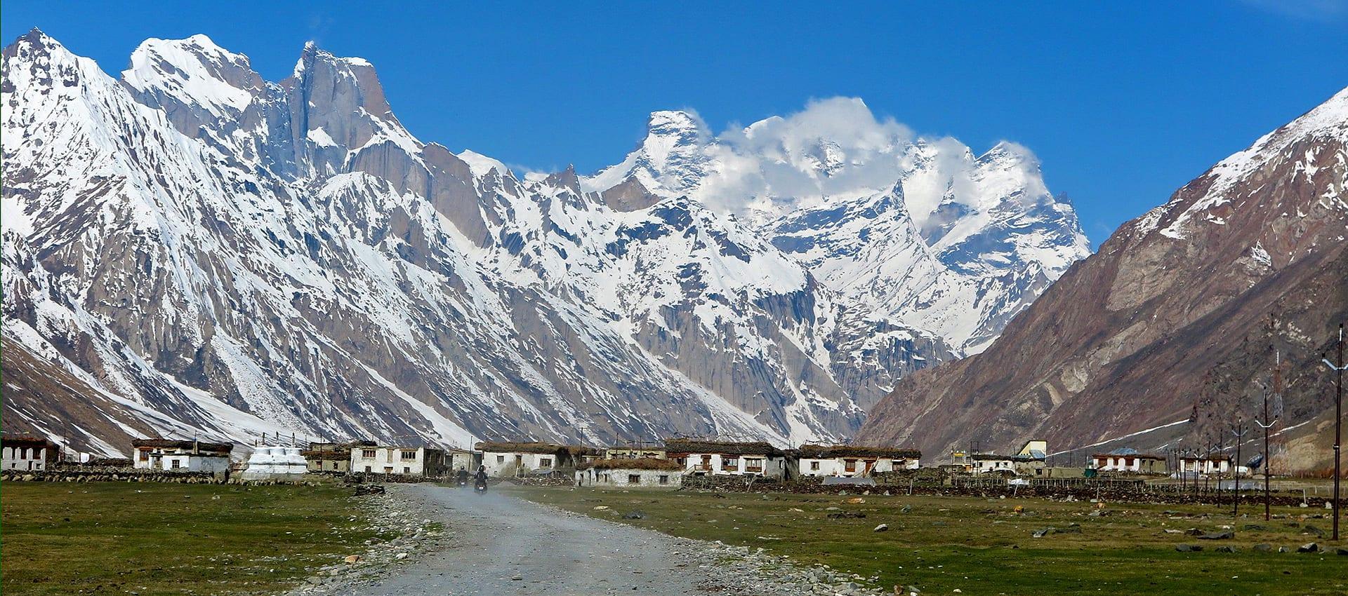Motorreis Himalaya Zanskar Trail avontuurlijke motorreis in de herfst van de Himalaya voor de avontuurlijke motorrijder die geen last heeft van hoogtevrees