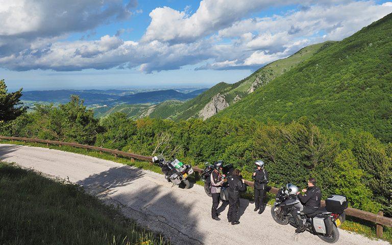Motorreis Italie zomeraanbieding van Travel 2 Explore Motorreizen.