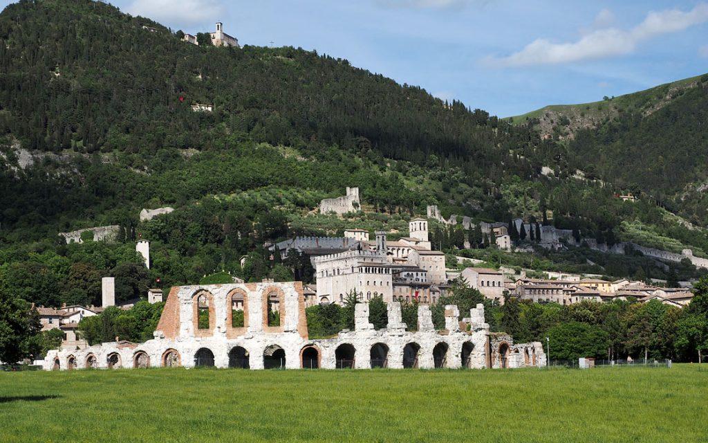 Foto 4 fotoboek motorreis Italie, Le marche. Travel 2 Explore motorreizen.