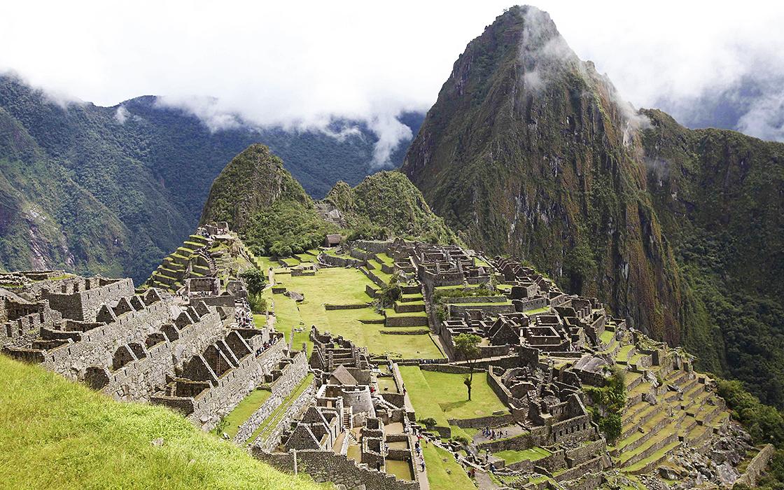Motorreis Zuid-Amerik machu Picchu is nu ook in de route opgenomen. Travel 2 Explore Motorreizen.