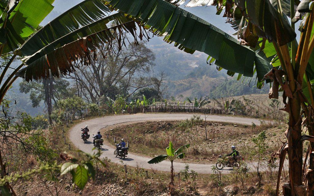 1001 bochten draaien tijdens de motorreis door Noord-Vietnam met Travel2Explore