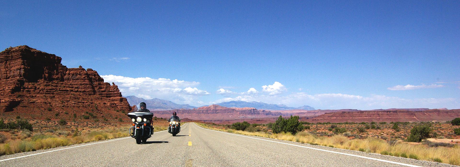 Travel 2 Explore motorreizen oof voor maatwerk en motorreizen individueel georganiseerd