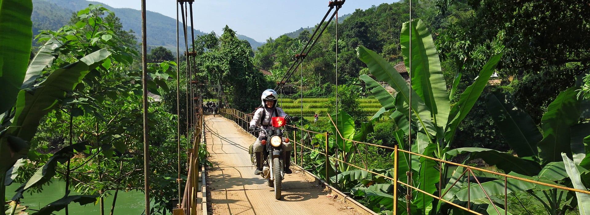 Overzicht van de motorreizen in Azie van Travel 2 Explore